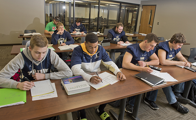 Twelve Thunder Teams Earn MIAA Team Academic Awards