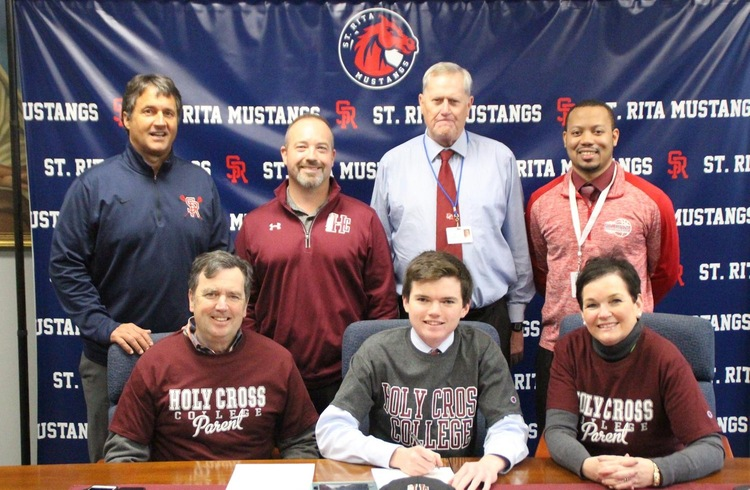 Senior Golfer Brendan Patton Signs With Holy Cross