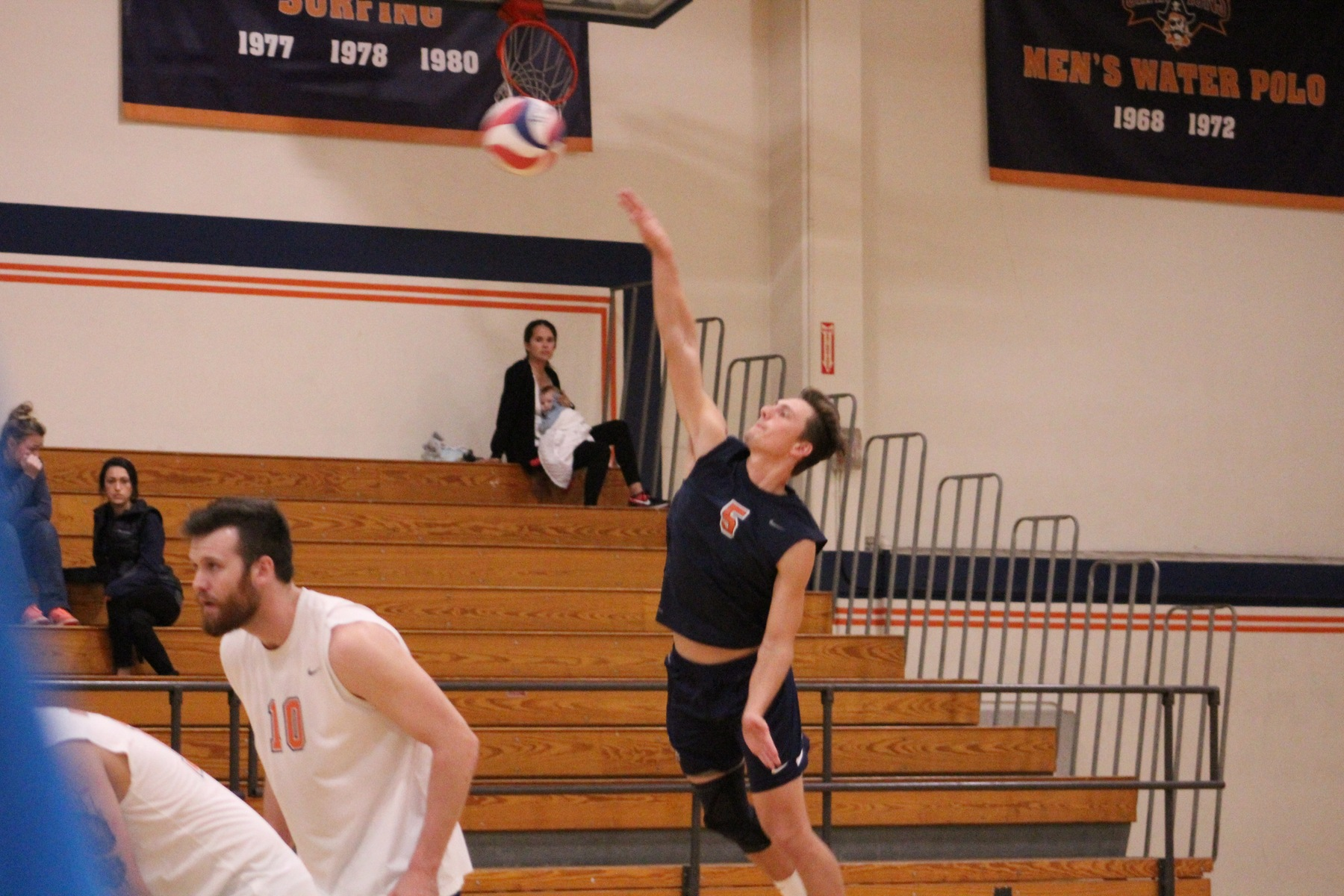 Pirates go 19-0 with four-set win over Rustlers