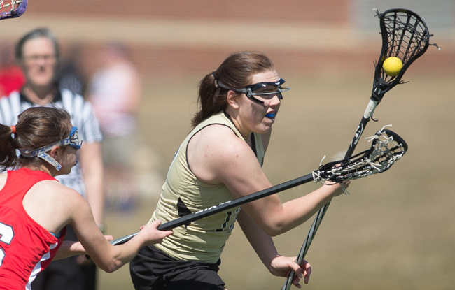 Women's Lacrosse Falls in Close Game with New England College