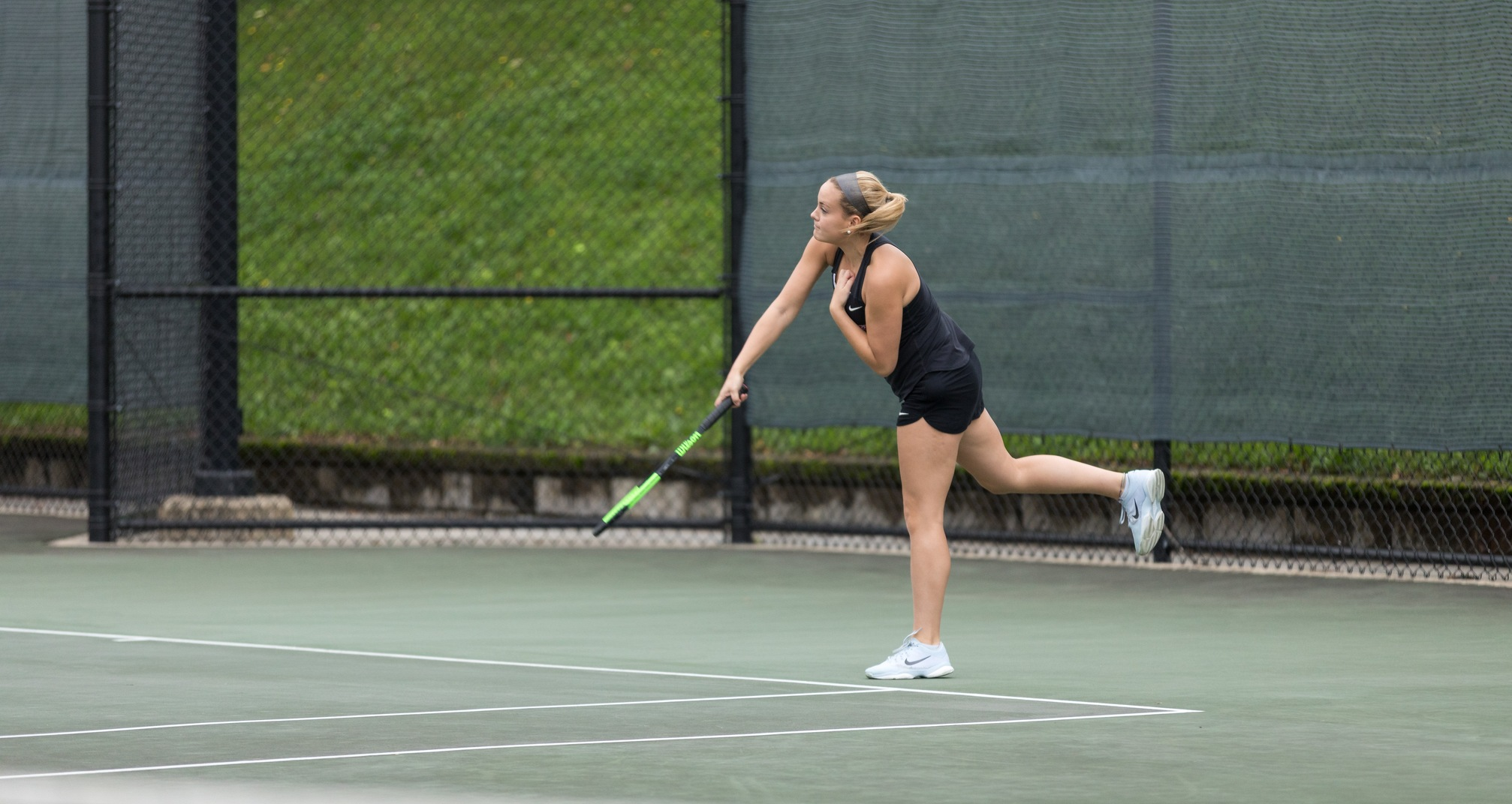 Cougars Drop Conference Match Versus Wellesley