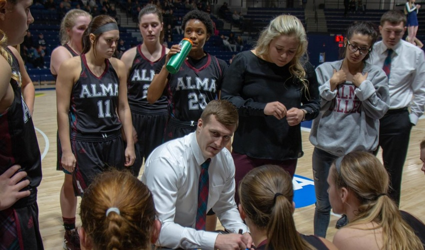 Stormont Named New Women's Basketball Head Coach