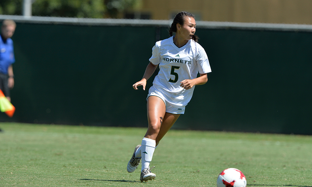 WOMEN'S SOCCER SCORES THREE TIMES IN SECOND HALF, BEATS CSU BAKERSFIELD 3-1