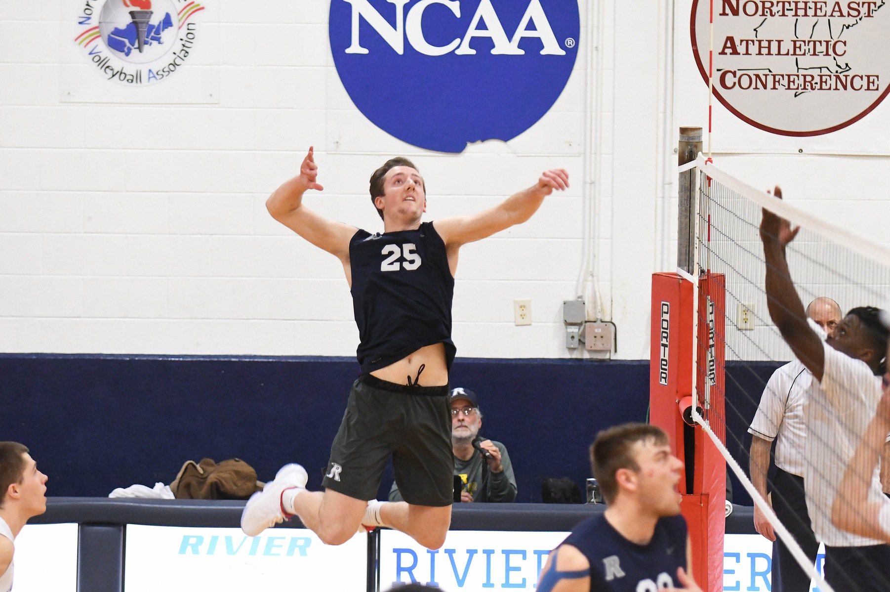 Men's Volleyball: Raiders down the Bison 3-1.