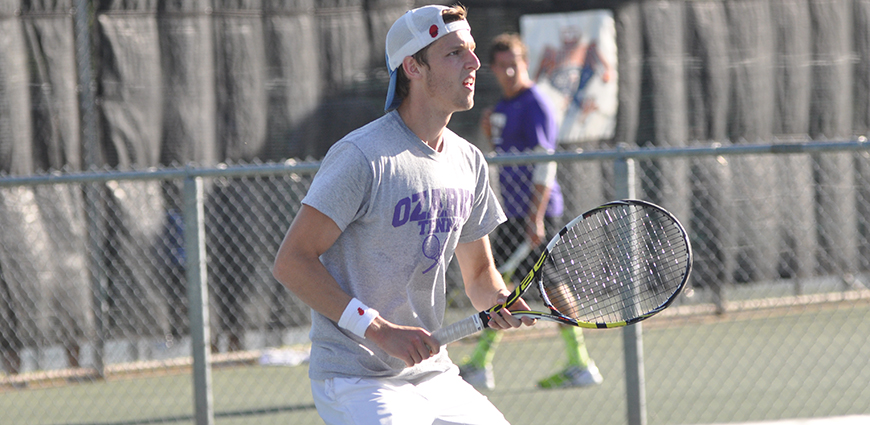Men's Tennis Team Takes 6-3 Road Victory Over Schreiner