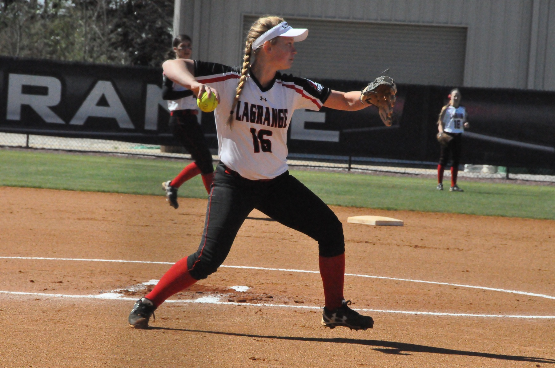Softball: Panthers fall to Averett in USA South doubleheader