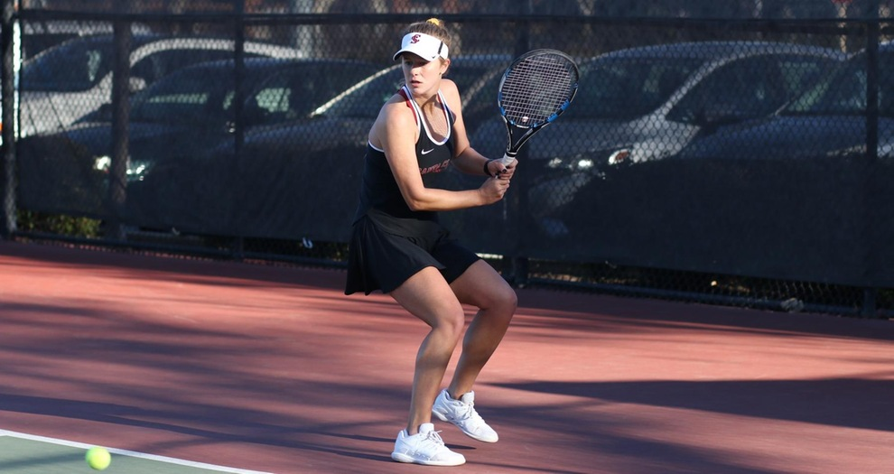 Pothoff Beats No. 22 Player; Women's Tennis Falls to No. 4 Stanford