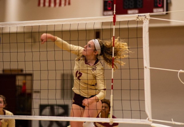 Women's Volleyball: Norwich Splits a Twinbill with Mount Holyoke and Plymouth State
