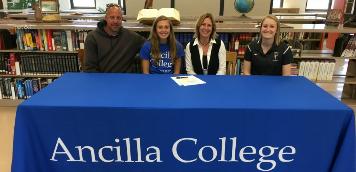 Photo for Hoffman Joins Ancilla Volleyball Team