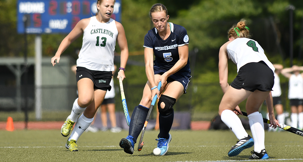 Field Hockey Powers Past Westfield State, 3-2