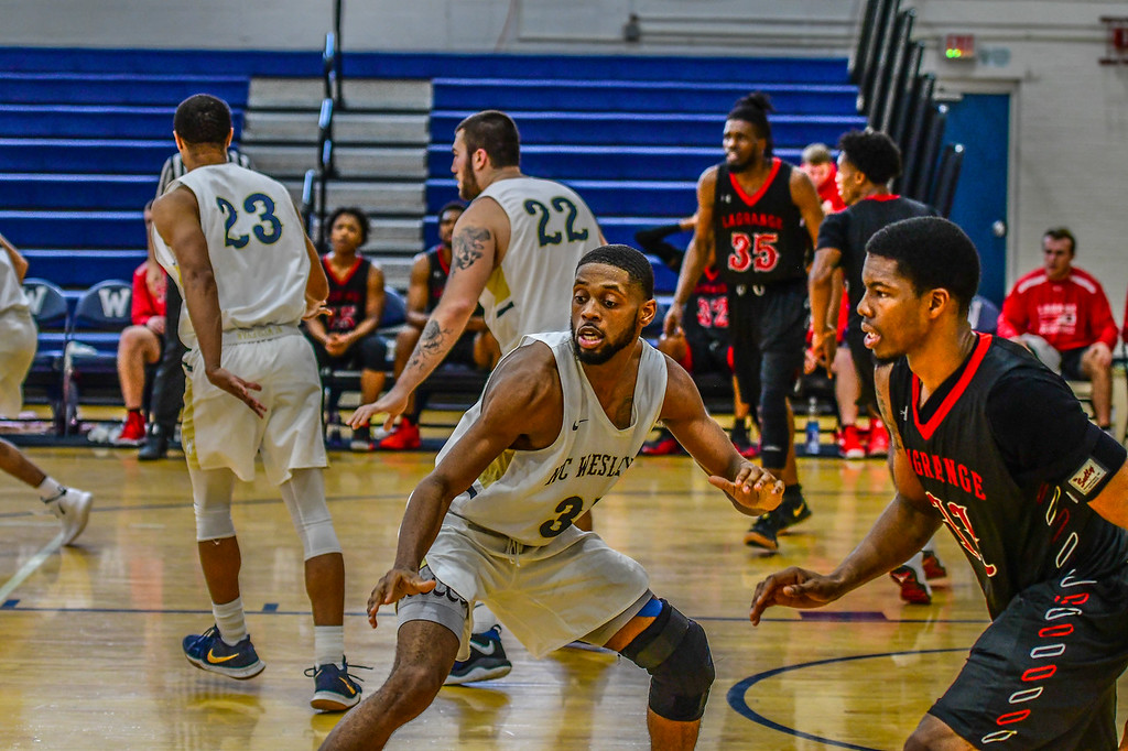 Men Drop Tough Road Game at Averett
