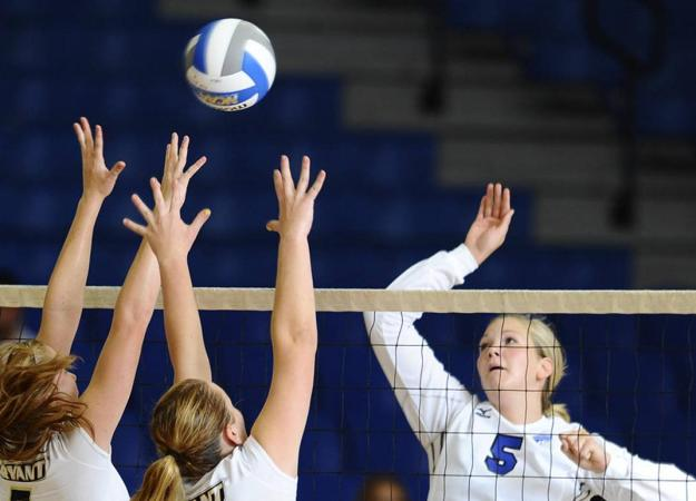 Volleyball Falls to Northeastern