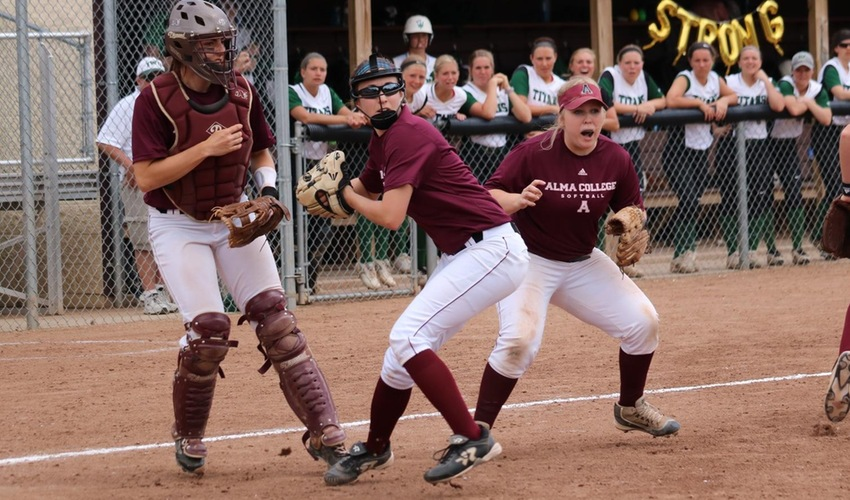 Softball Will Face Illinois Wesleyan In Regional NCAA Championship