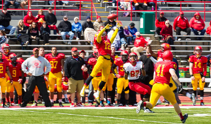 Gold Holds Off Crimson In Highly-Competitive Ferris State Spring Football Game