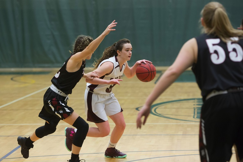 Bay Path opens 2018-19 season with a 56-47 win over Mount Holyoke College