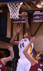 Valentine Sets School Record in Gaucho Win