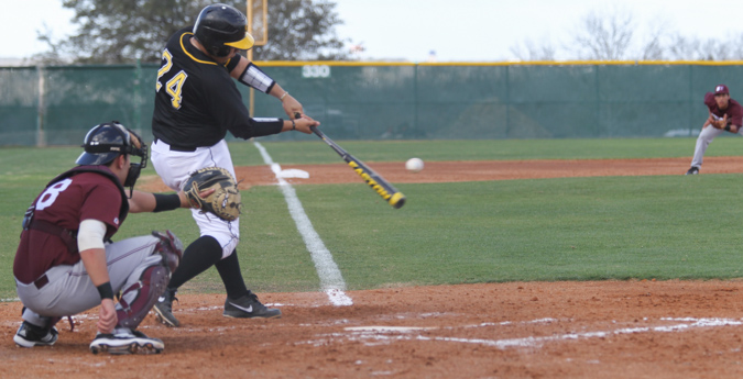 Pirates Drop Both Games to Austin College