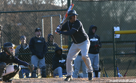 Gallaudet sweeps DH from Christendom 5-1, 5-3