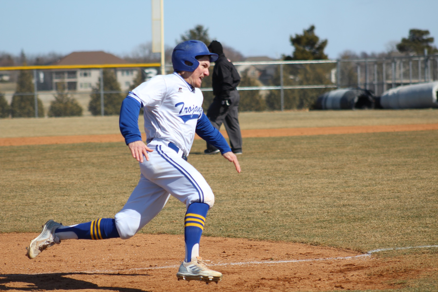 NIACC, DMACC split pair