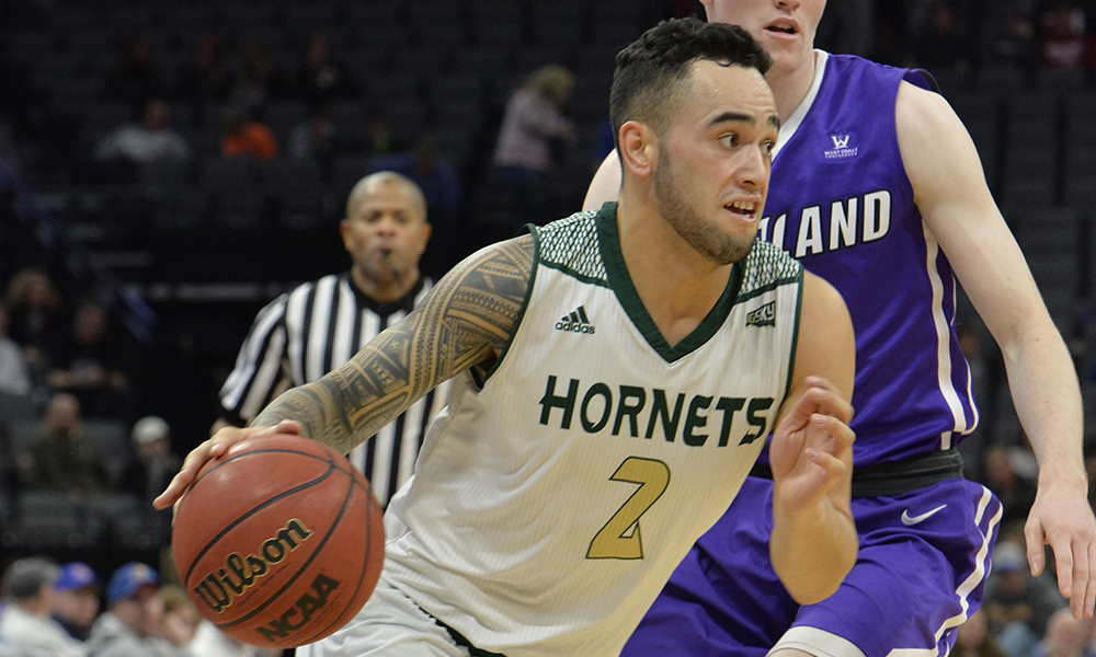 MEN'S HOOPS FALLS TO PORTLAND, 80-75, IN GOLDEN 1 CENTER MATCHUP