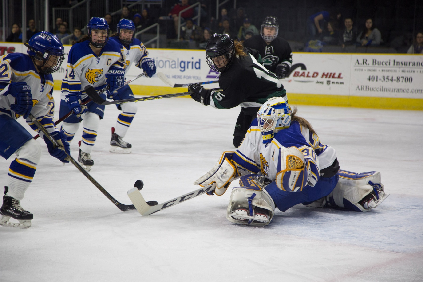Johnson & Wales Women's Ice Hockey Drops 3-0 Decision at Suffolk
