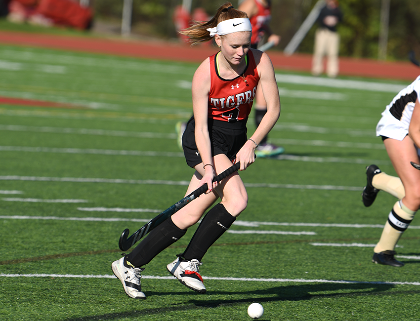Wittenberg Field Hockey Takes 2-1 Decision From Ohio Wesleyan