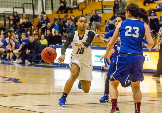 BALANCED ATTACK LIFTS WOMEN'S HOOPS OVER PINE MANOR