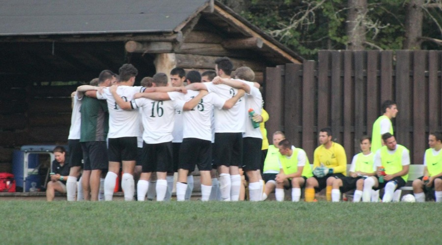 Paul Smith's Men's Soccer Splits first weekend of conference play.