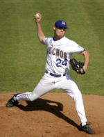 Gauchos Win Fifth Straight, Martin Gets Seventh Victory