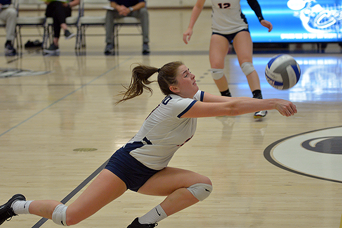 Women's Volleyball Blanks Grove City