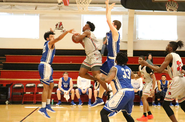 Men's Basketball: Thompson, McCray lead LC to 101-92 win over Berea