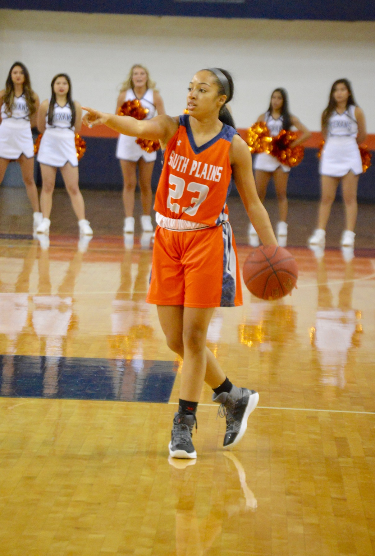 Lady Texans extend win streak to nine games, down West Texas Drive 64-59 Sunday at the Texan Dome