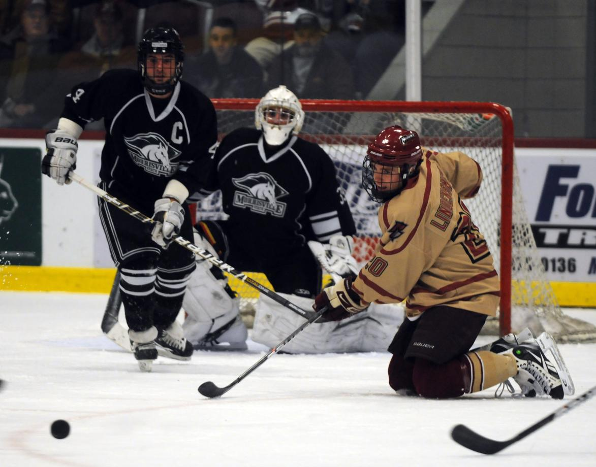 Men's Hockey: Cadets shutout Univ. of New England 5-0 in ECAC East Quarterfinals