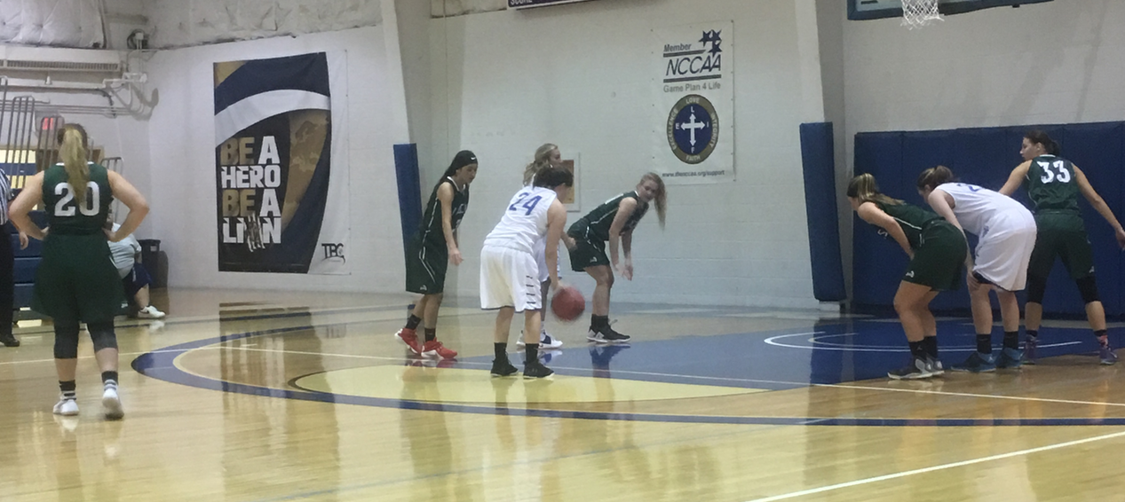 Lions WBB Falls to DCB at Home