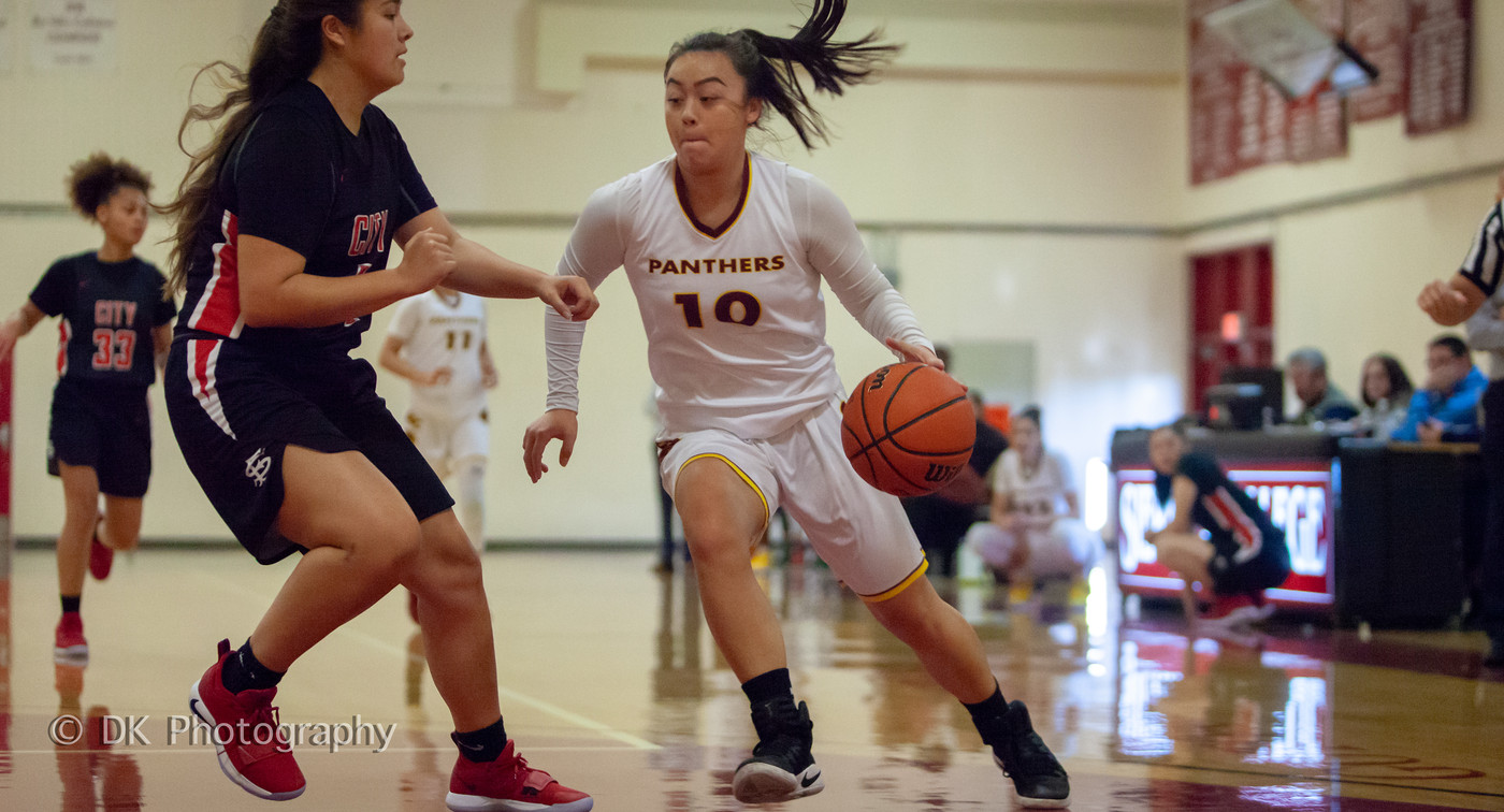 City holds off Mt. San Antonio for a 56-54 win; Lauderdale had a game-high 23 points