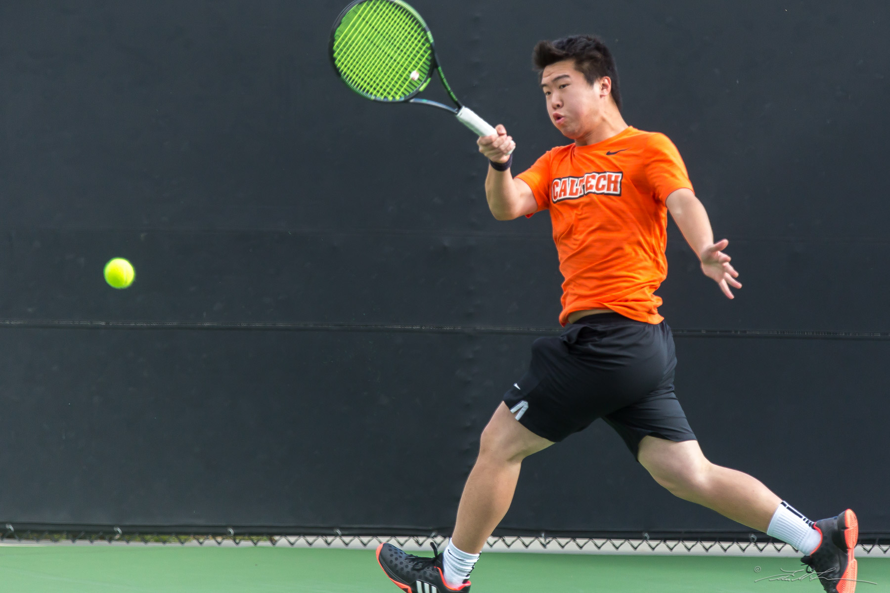 Liu Wins Decisive Match as Men's Tennis Stays at .500