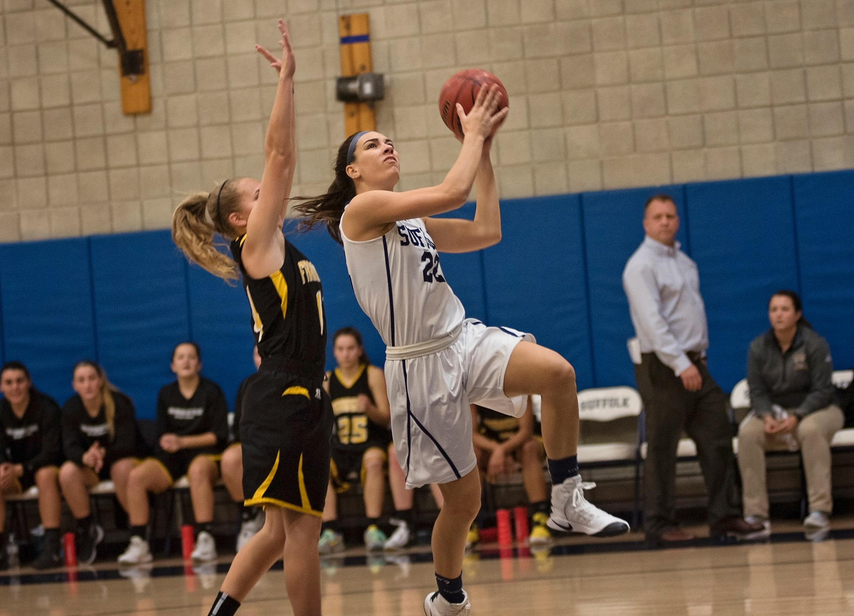 Fourth Quarter Frenzy Pushes Women's Basketball Past Anna Maria