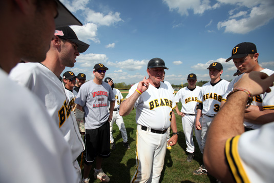 Longtime baseball coach and Athletic Director Brian Thomas to retire