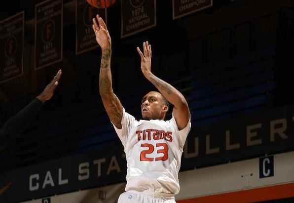 Williams and Harris Lead Titans in Win Over UCSB