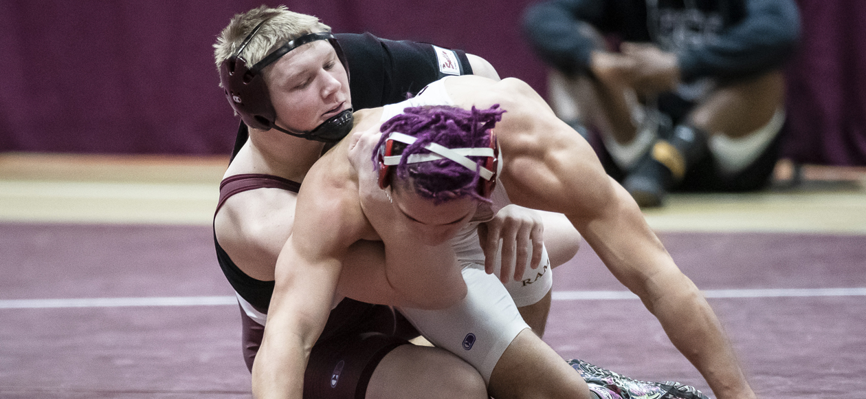 Wrestling Competes At Scott Viera Open