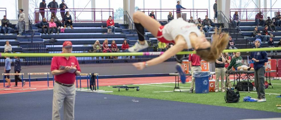 SVSU Women Compete in Jet's Pizza Invitational