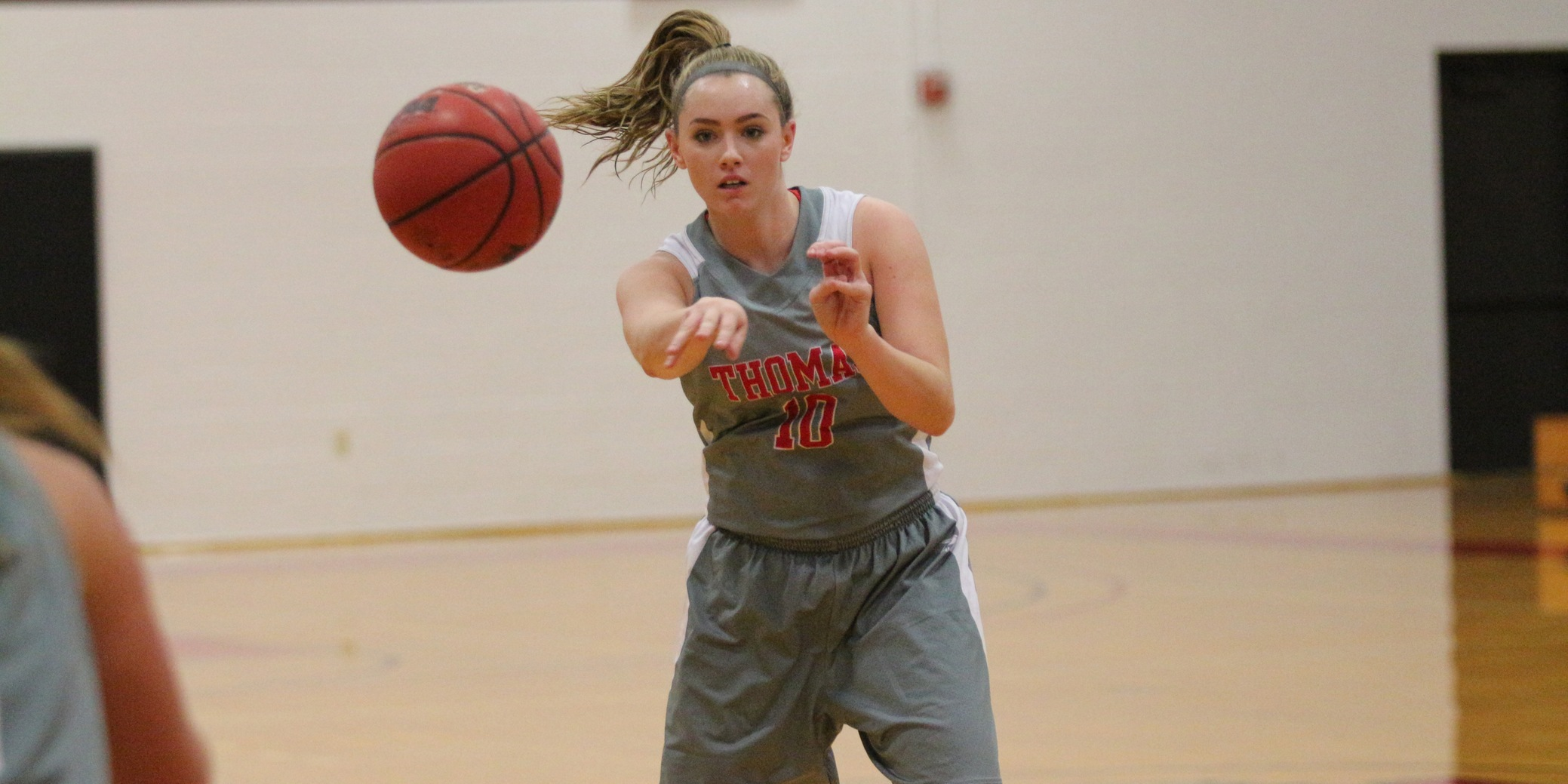 Women's Basketball Downed by NAC Leader Castleton, 69-58