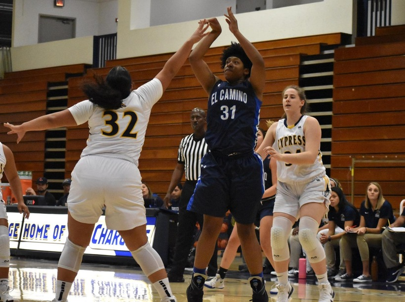 Warriors Edged by Palomar in Title Game of Coast Christmas Classic
