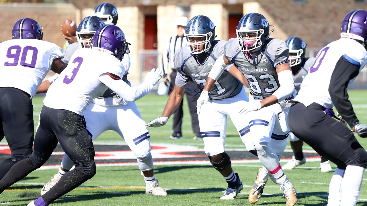 Tritons become bowl eligible