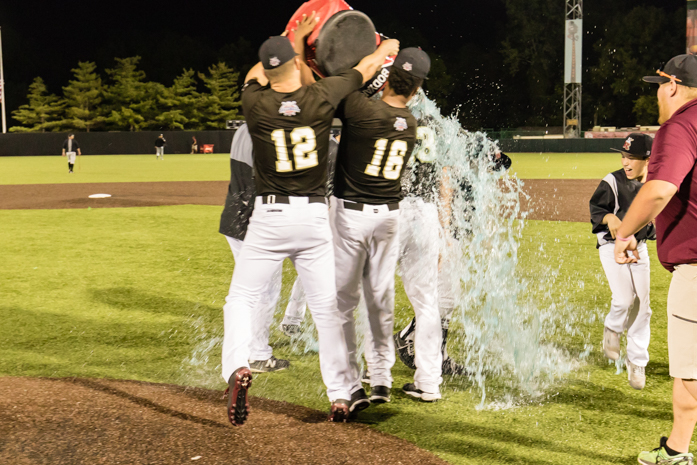 Rascals Win West Division in Finale