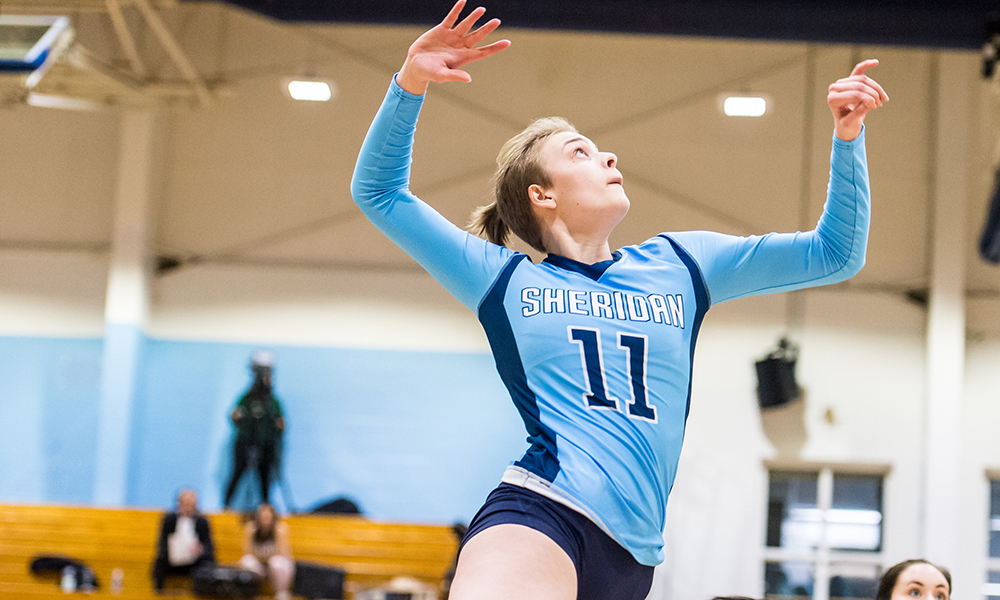 Women's volleyball falls to Mohawk in home finale