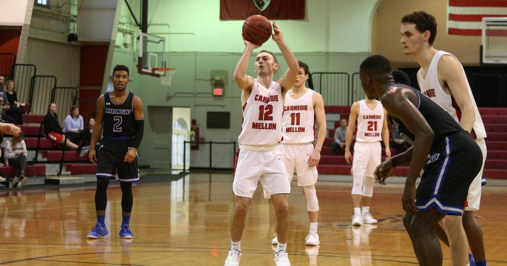 Tartans Overcome Slow Start to Top Maroons, 71-69