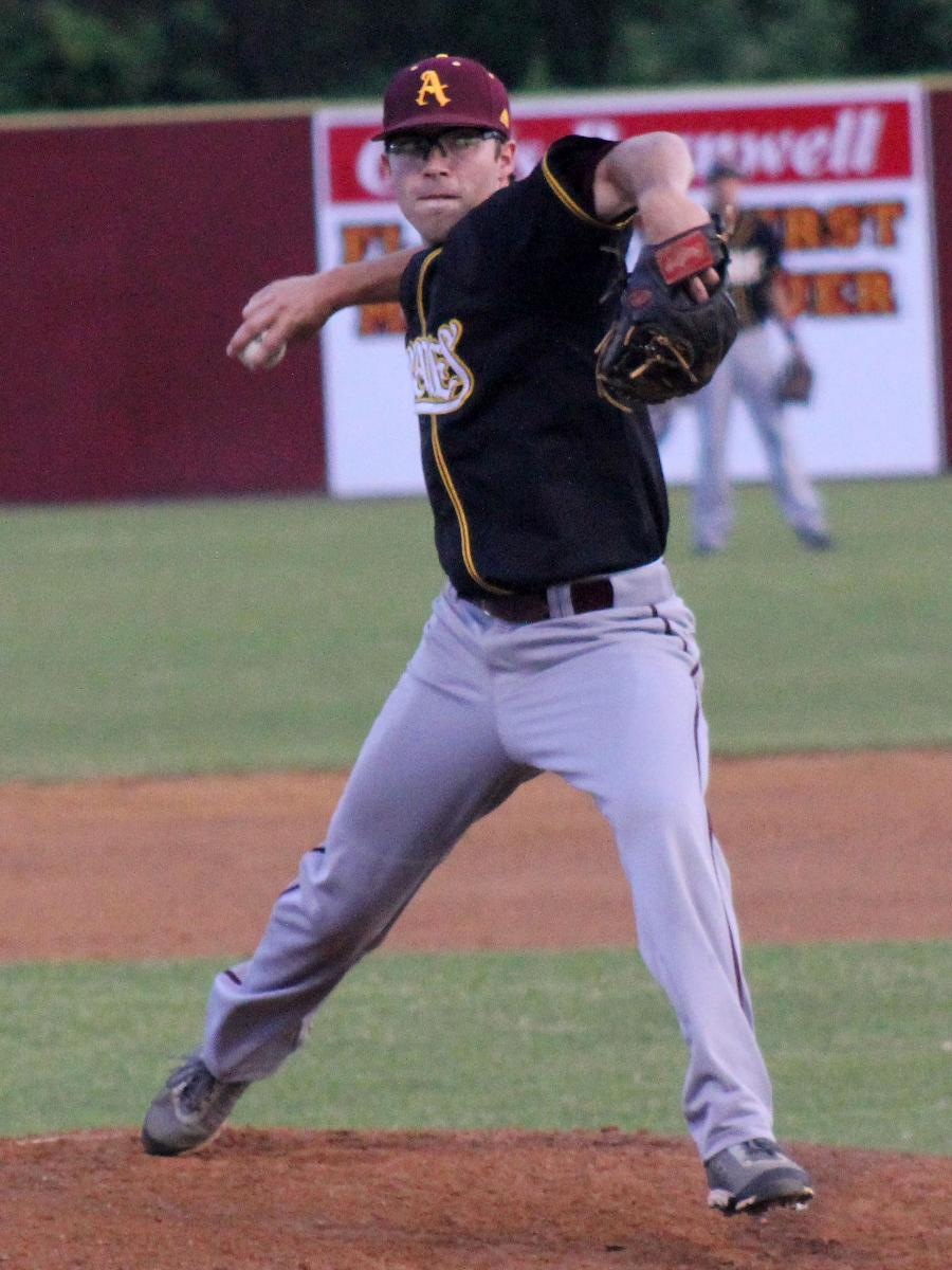 Pirates Notch Fifth Straight Win With 7-4 Victory At Flagler