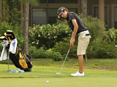 Maccaglia Again Named SAA Men's Golfer of the Week