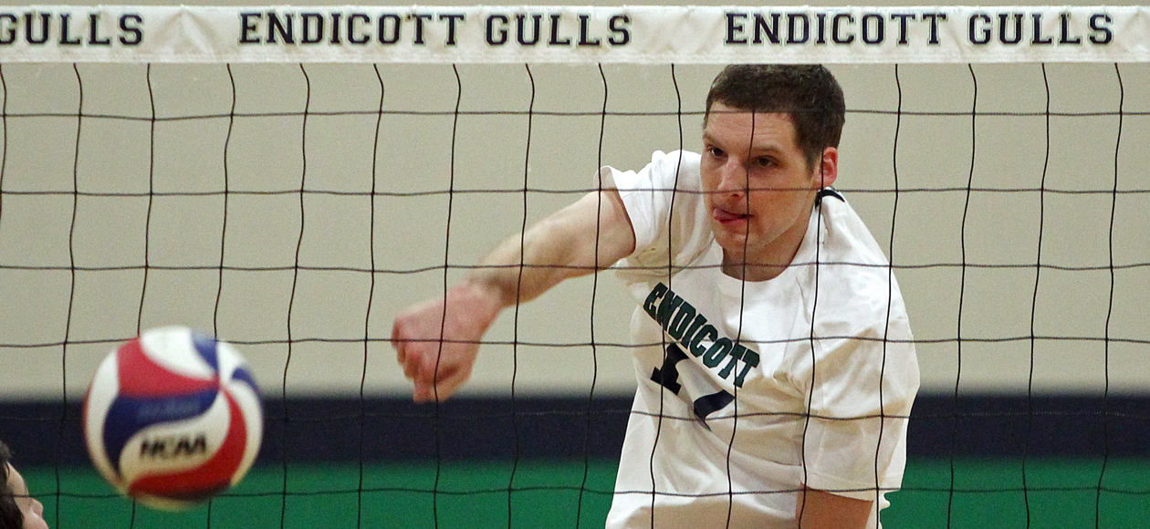 Endicott Takes Season Opener in Straight Sets over Brooklyn